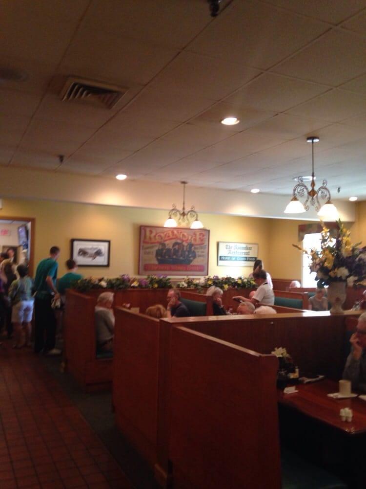 The Roanoker Restaurant Reviews