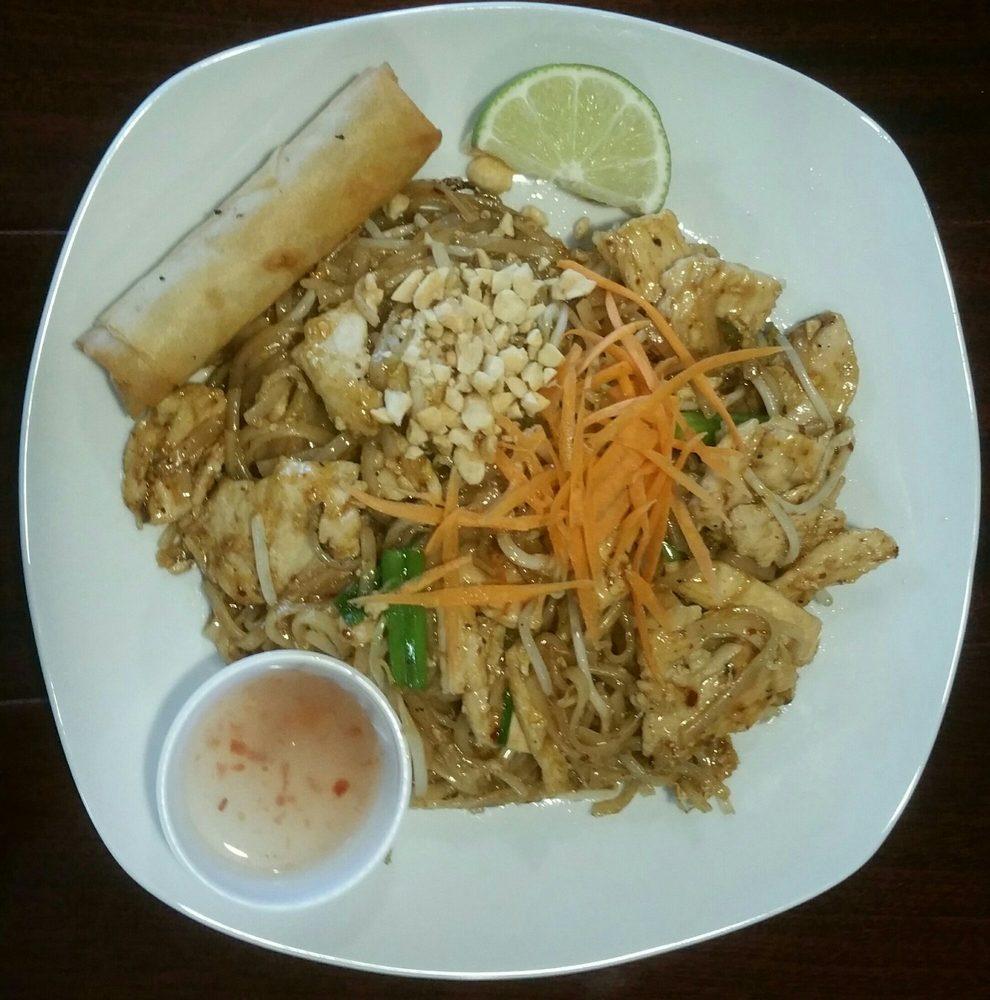 Thai Taste - 17 Photos - Thai - 334 Eglin Pkwy NE, Fort Walton Beach ...