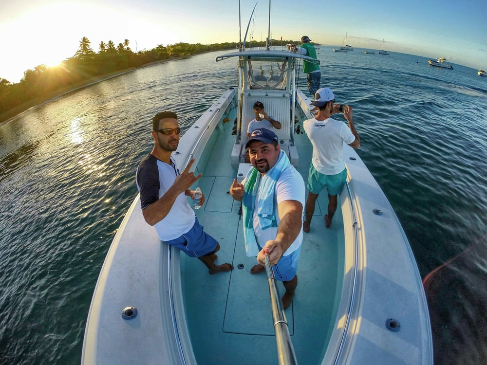 Makaira fishing charters fishing rinc n puerto rico for Fishing in puerto rico