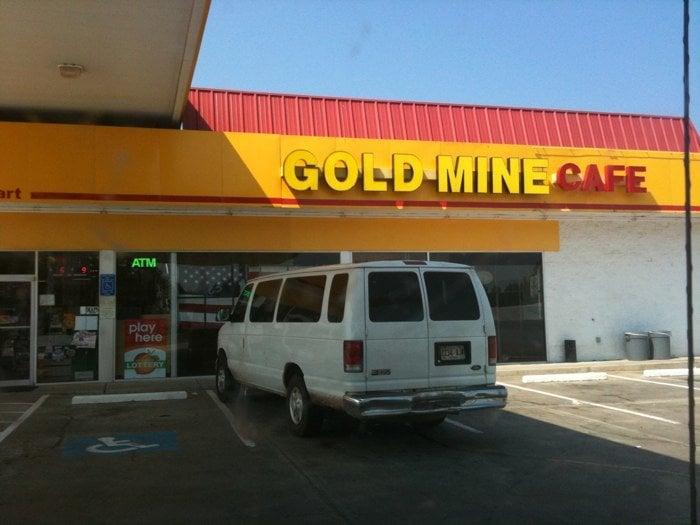 Shell Food Mart: 11157 Highway 106, Carnesville, GA