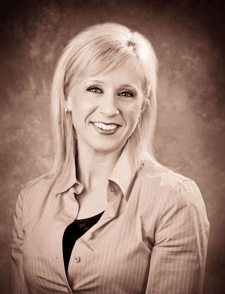 Cassie Gyves - The Real Estate Group: 950 Mission De Oro Dr, Redding, CA