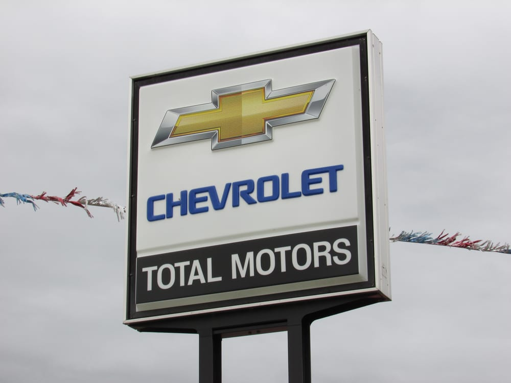 Total Motors: 300 N Hwy 12, Akron, IA