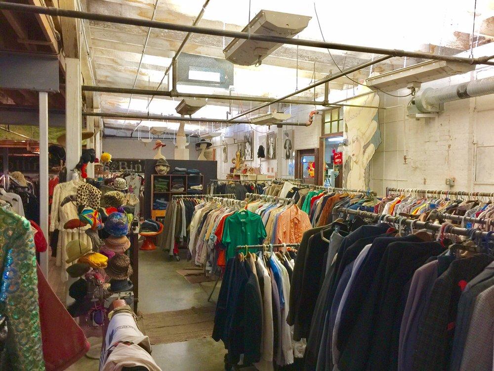 Circa Vintage Wear: 204 Court St, New Bedford, MA