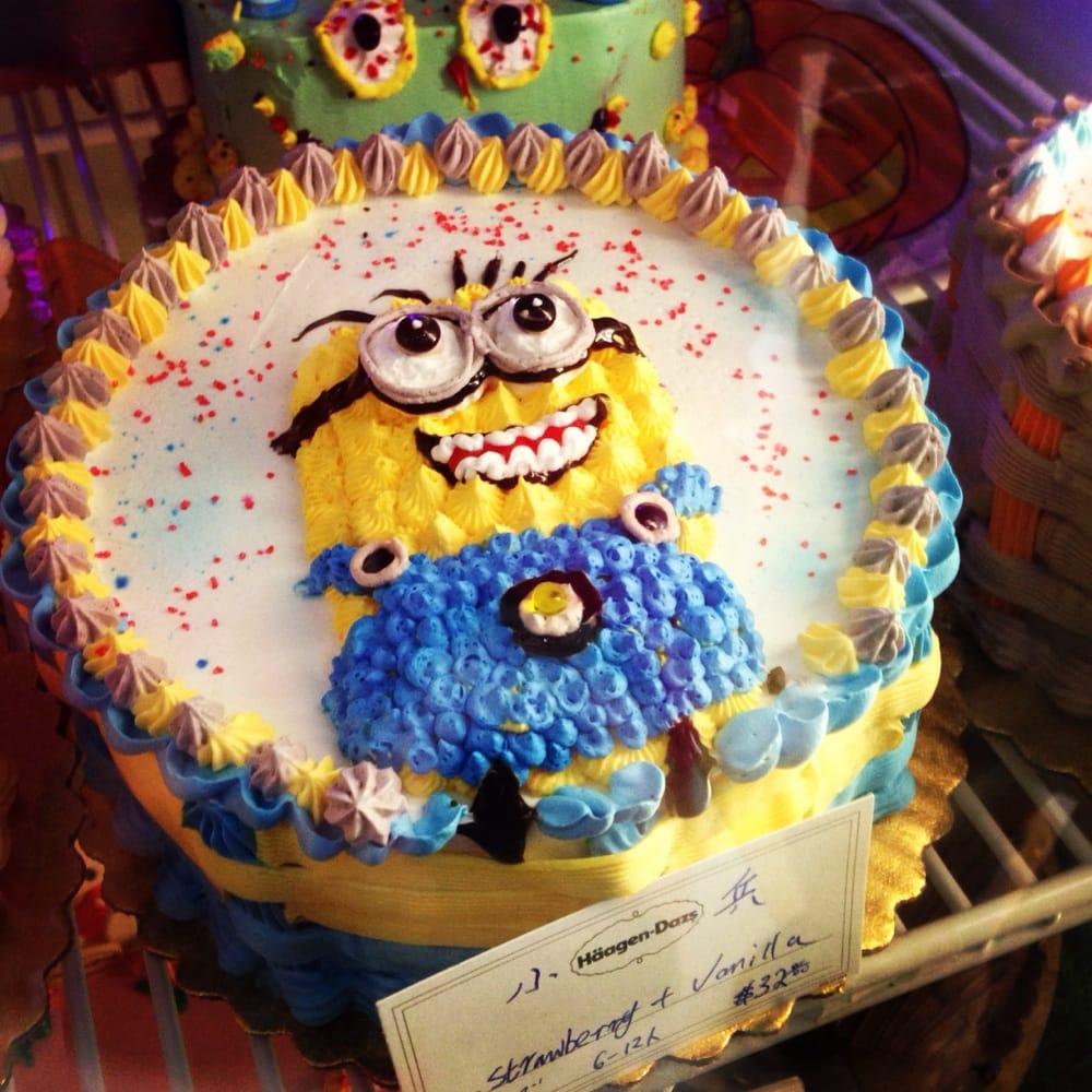 LOOK A Minion Ice Cream Cake hehe Yelp