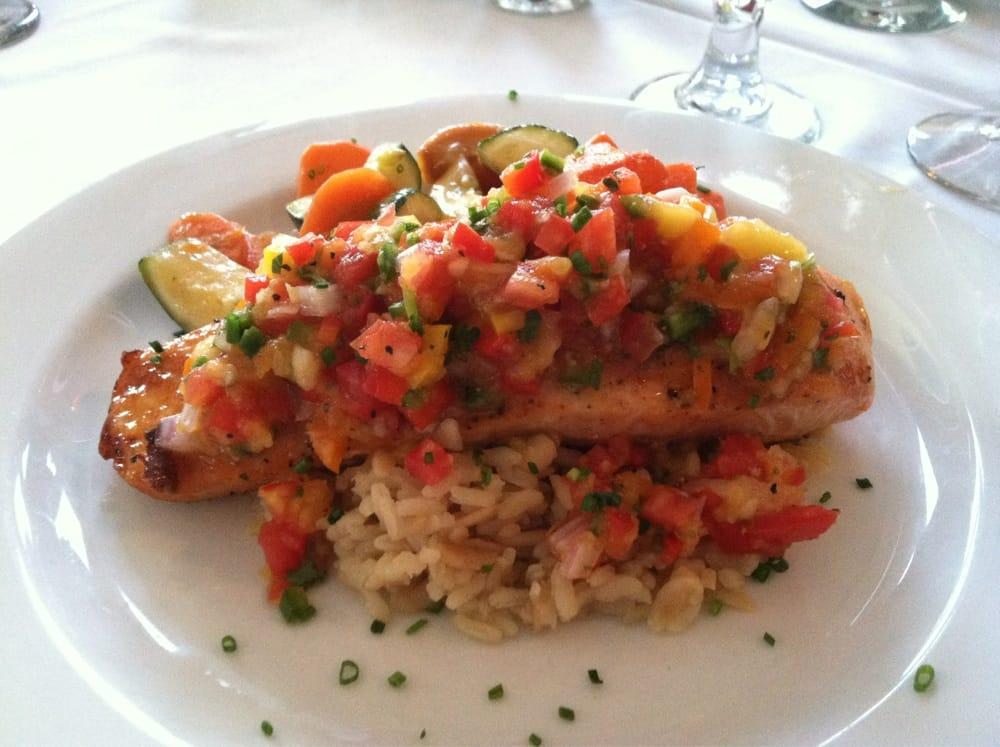 Little Traverse Bay Resturant: 995 Hideaway Valley Dr, Harbor Springs, MI