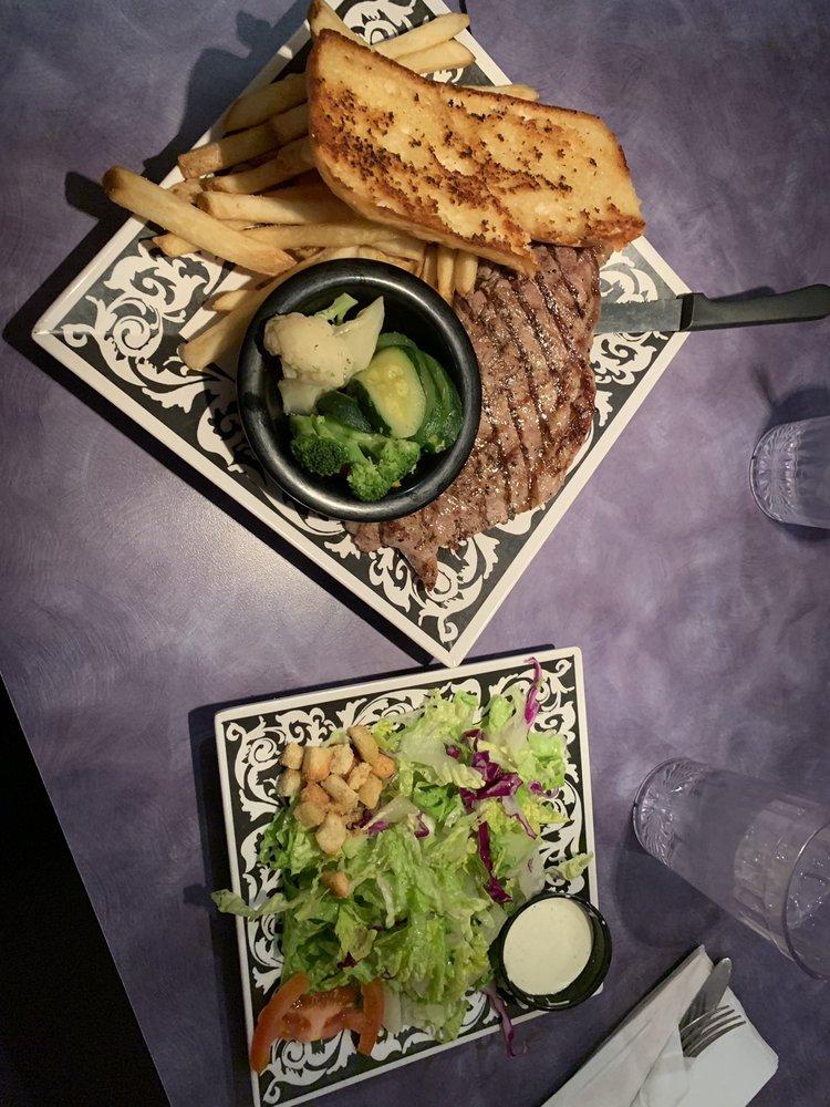 Sassy's Outback Café: 10595 Hot Mineral Spa Rd, Niland, CA