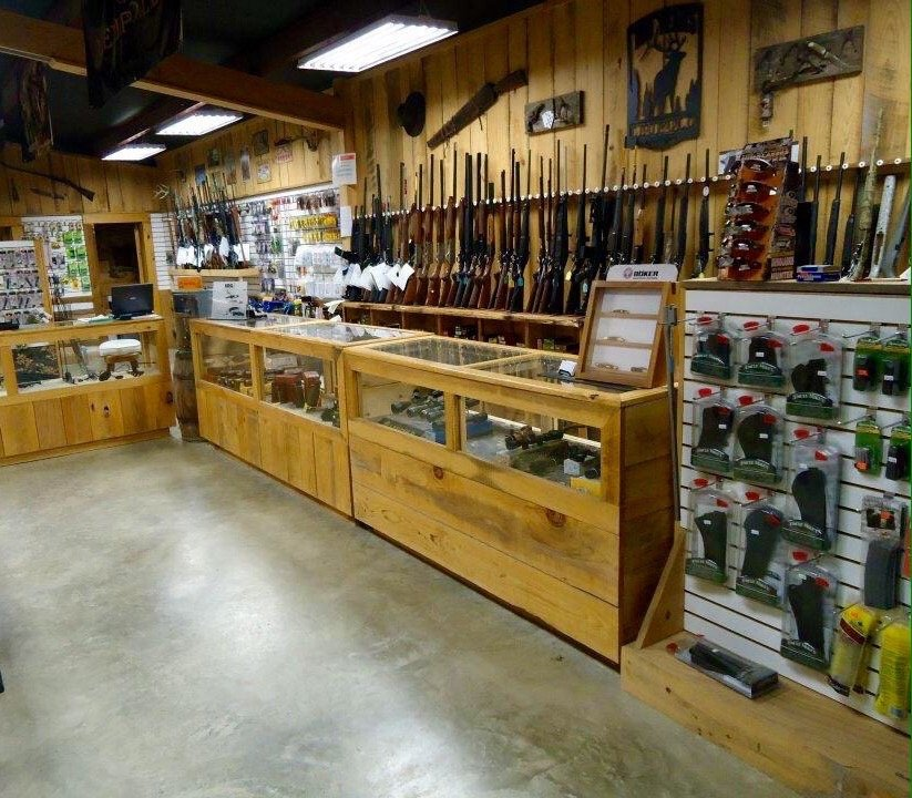 Richey's Gun Shop: 1947 Macedonia Rd, Pontotoc, MS