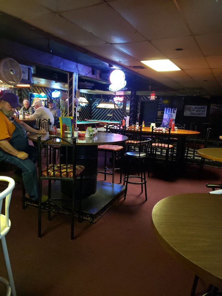Backstreet Bar & Grill: 214 W Methvin St, Longview, TX