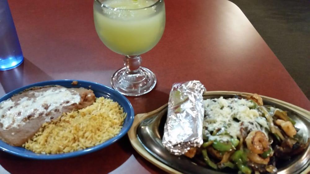El Patron Mexican Restaurant: 202 NW 4th St, Concordia, MO