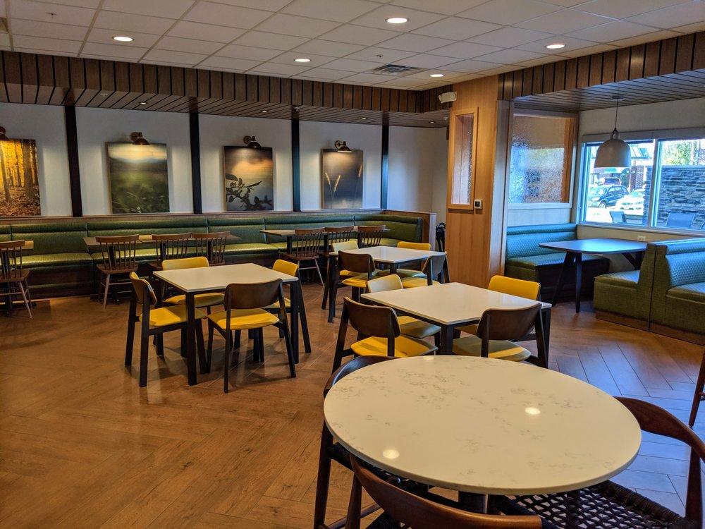 Fairfield Inn & Suites by Marriott Winona: 925 Bruski Drive, Winona, MN