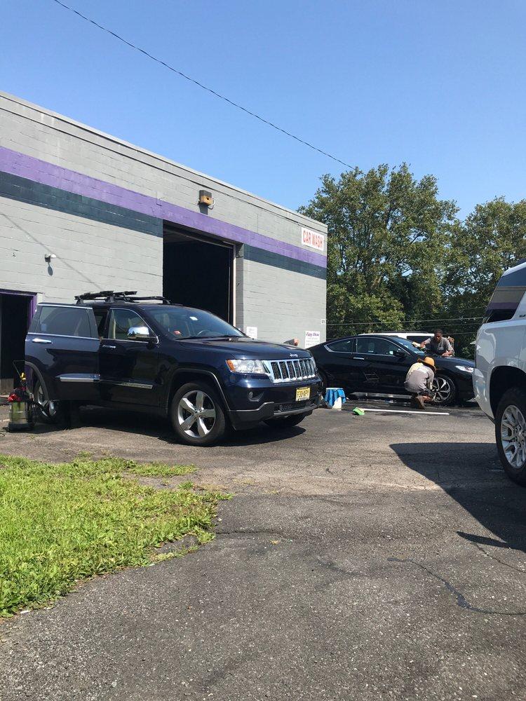 Zippy's Car Wash: 8010 William Penn Hwy, Easton, PA