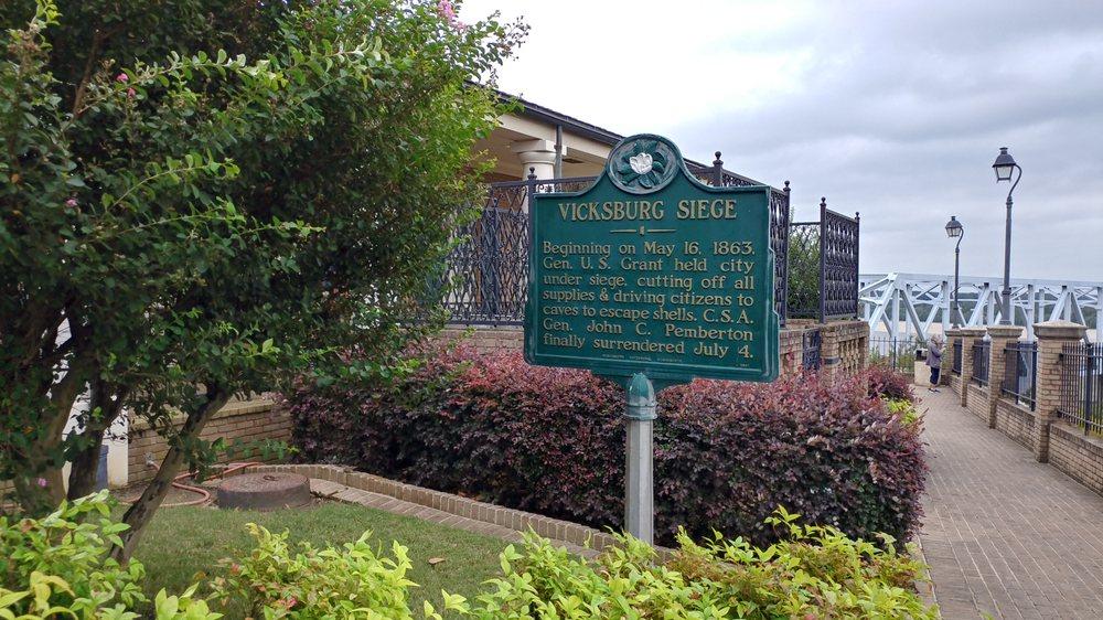 Warren County Welcome Center: 4210 Washington St, Vicksburg, MS