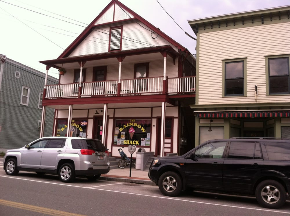 Rainbow Shack Ice Cream: 85 Summer St, Adams, MA