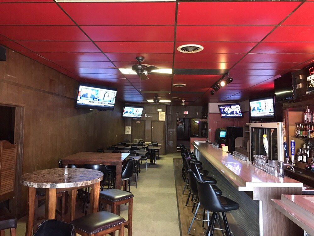 Genoa Tavern: 412 Willard Ave, Genoa, NE