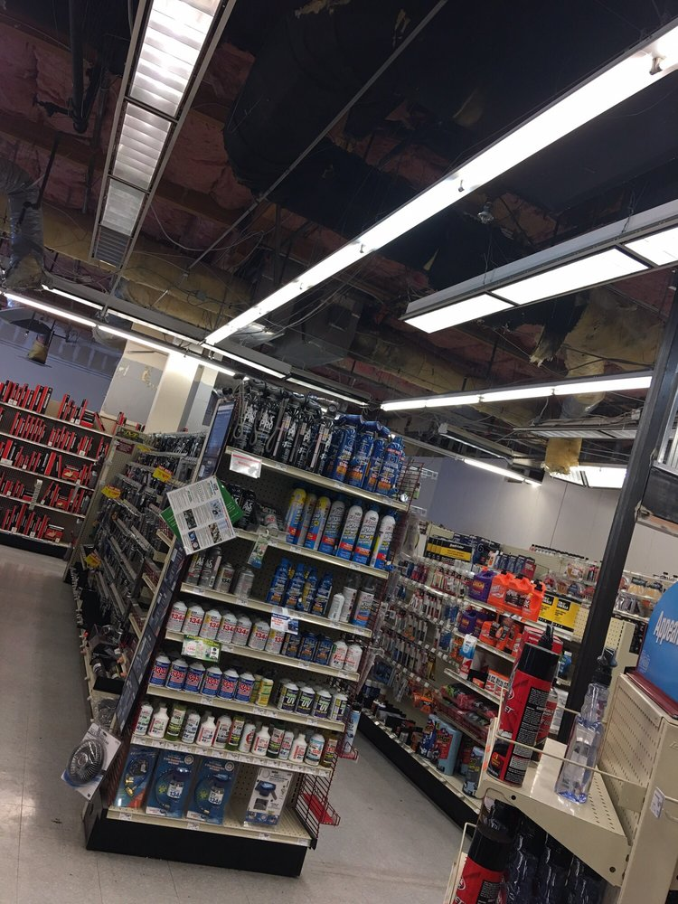 O'Reilly Auto Parts: 2990 Castro Valley Blvd, Castro Valley, CA