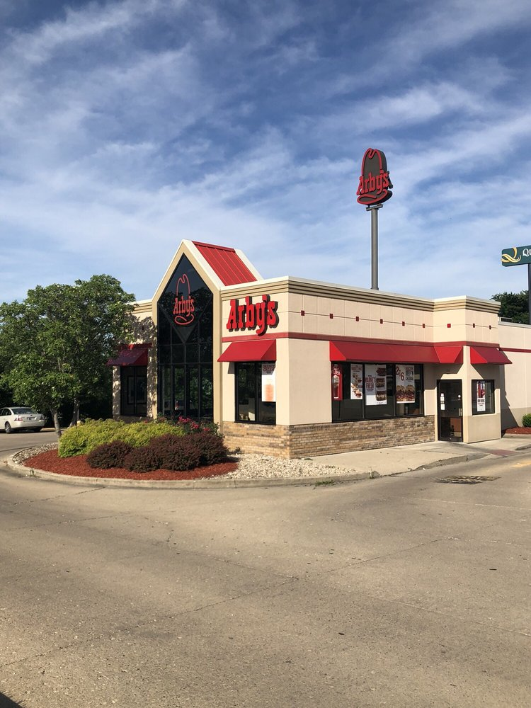 Arby's: 912 State Rd 229, Batesville, IN