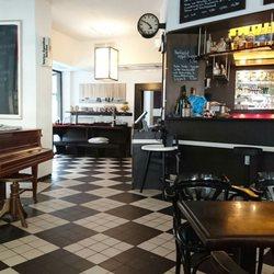 caf central 26 photos 54 reviews cafes j licher str 1 belgisches viertel cologne. Black Bedroom Furniture Sets. Home Design Ideas