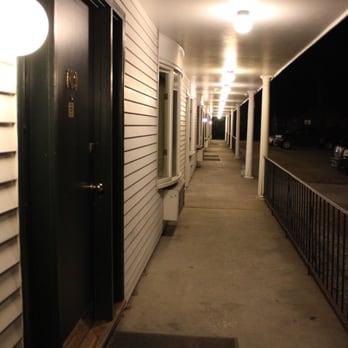 Photo Of Colonial Motel Spa Brattleboro Vt United States