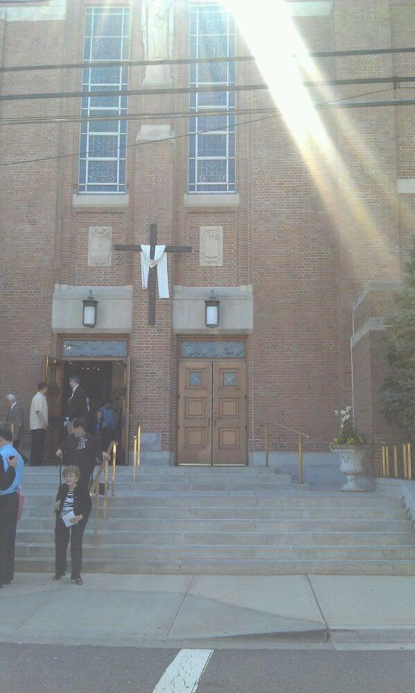 Photo of Saint Barnabas Roman Catholic Church: Bellmore, NY