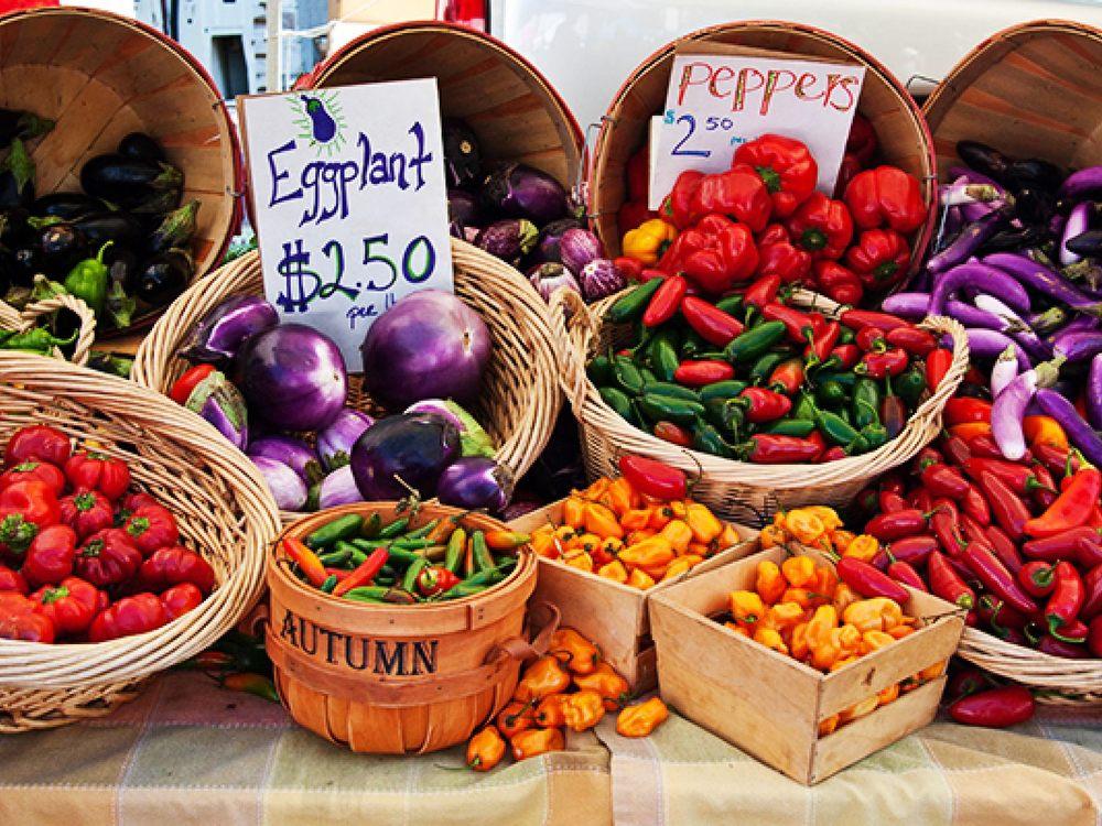 Downtown Los Angeles Farmer's Market: 650 W 5th St, Los Angeles, CA