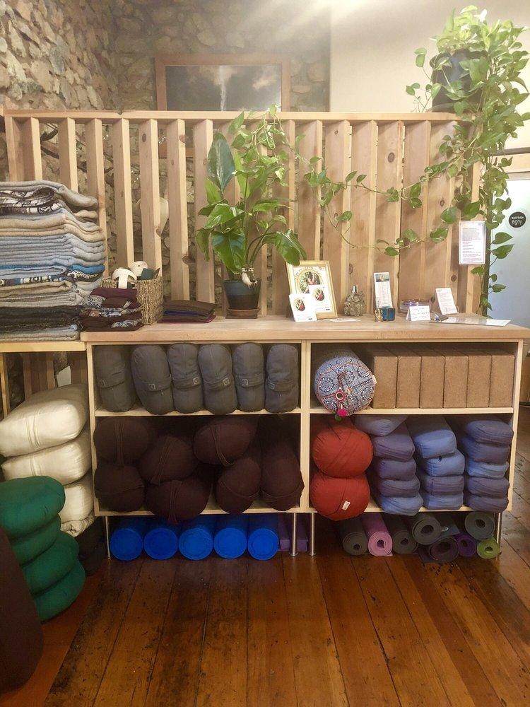 Kinfolk Yoga: 204 W Main St, Grass Valley, CA
