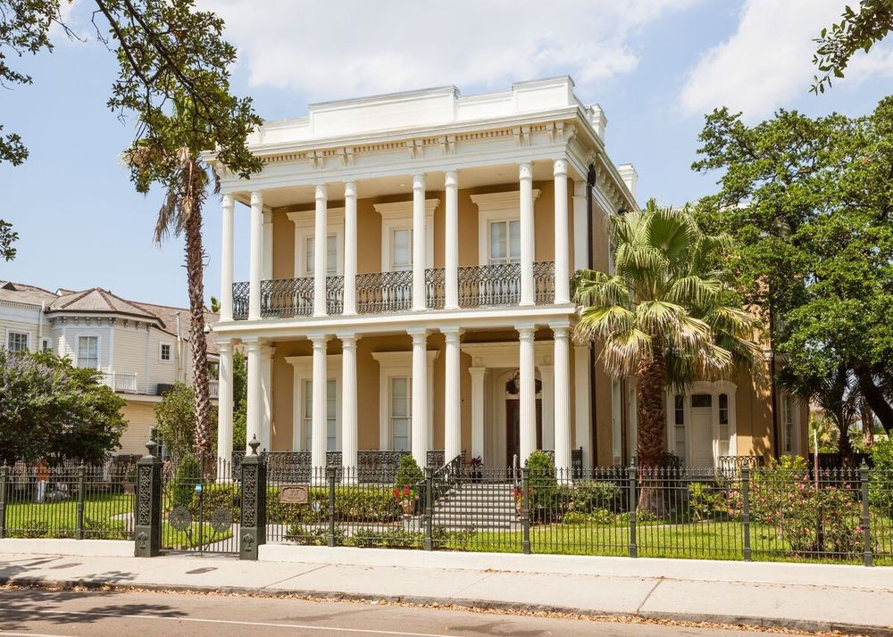 G L-f de Villiers, the Very Best In New Orleans Historic Tours