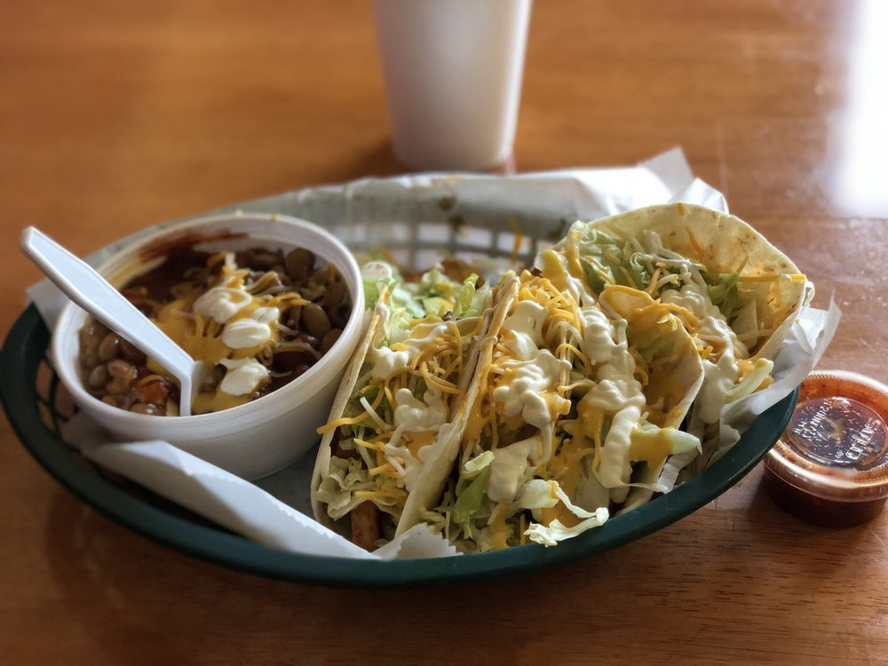 Azteca Mexican Grill: 12 W 8th St, Grafton, ND