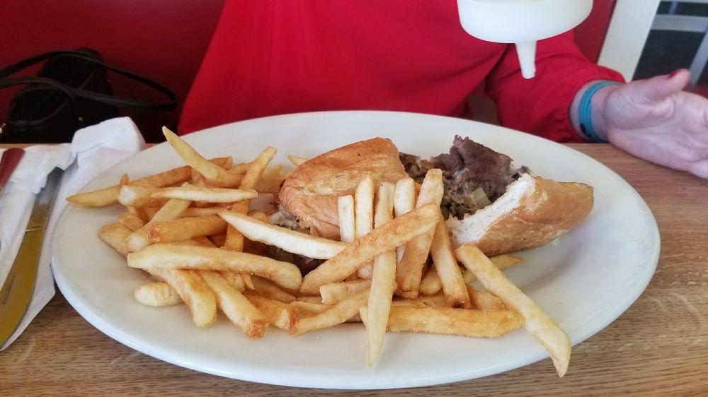 Lake Shipp Diner: 1518 7th St SW, Winter Haven, FL
