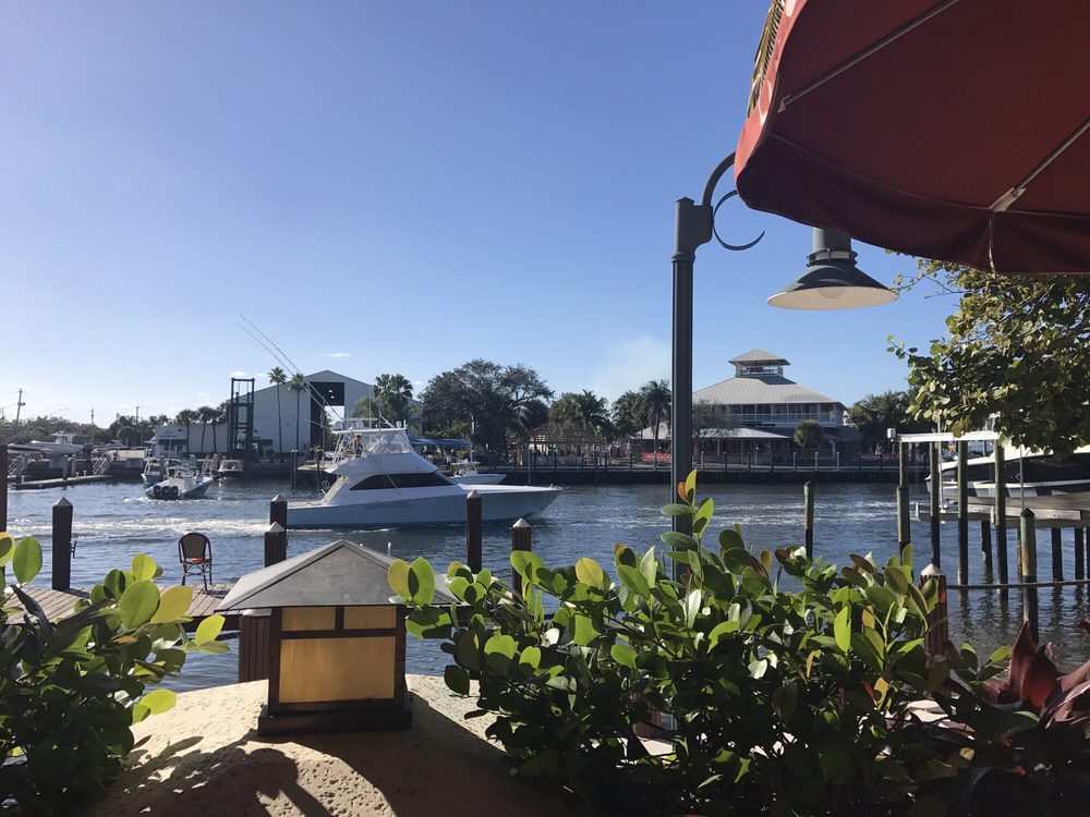 Sitting deck side at season 52 yelp for Locksmith palm beach gardens