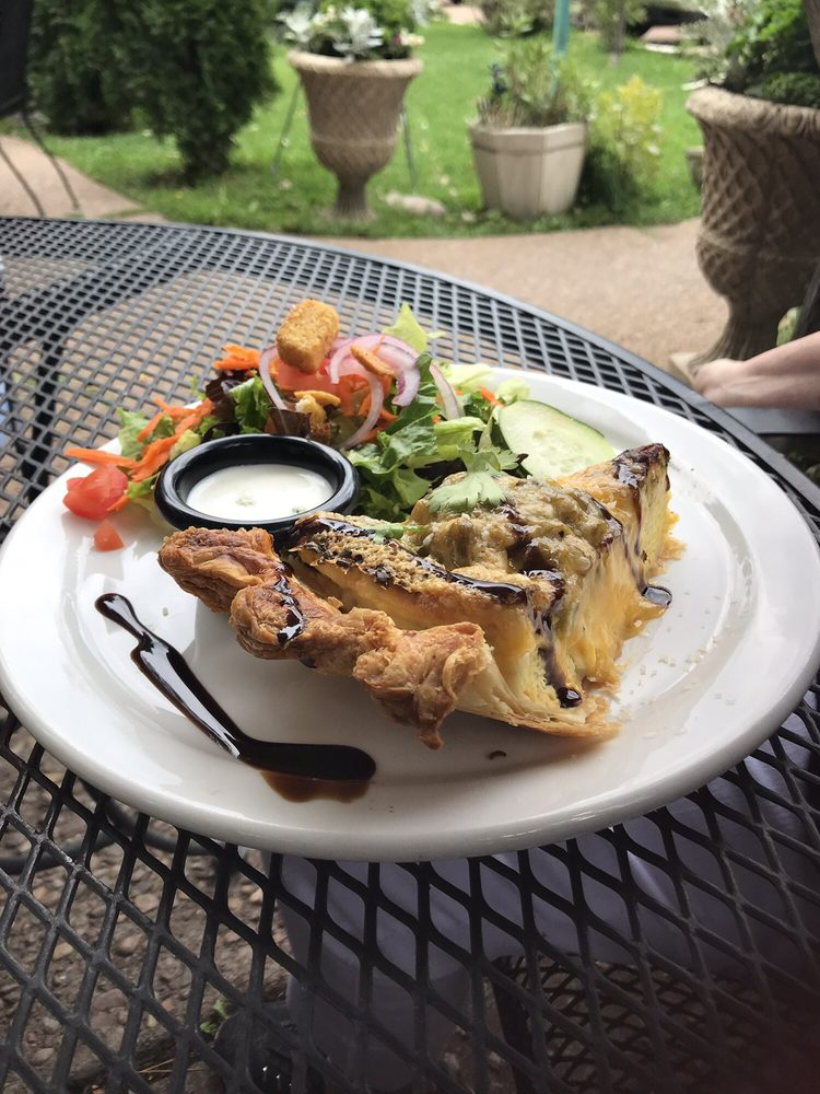 The Bistro At Annie's: 2849 Highway 260, Lakeside, AZ