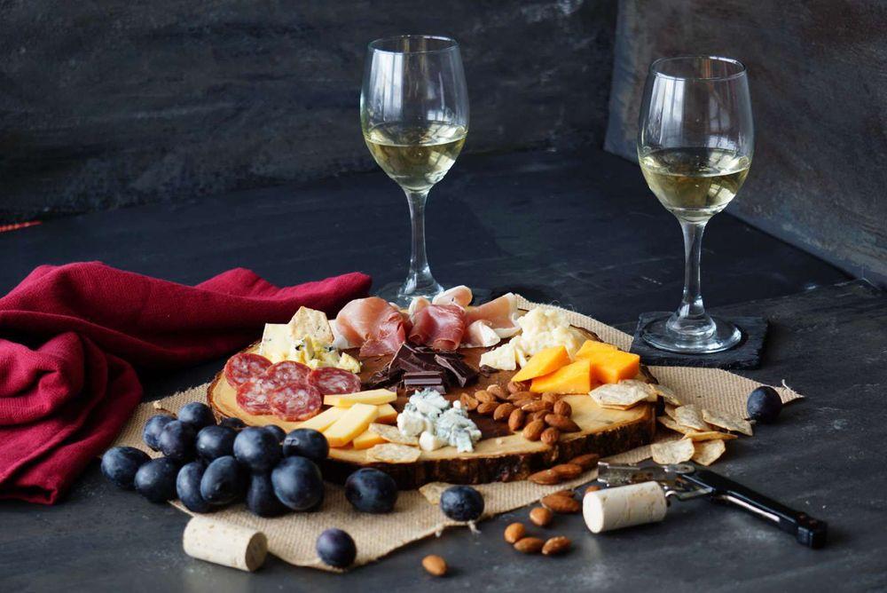Horseshoe Bend Cellars Vineyard & Winery: 3399B Peterson Rd S, Iowa Park, TX