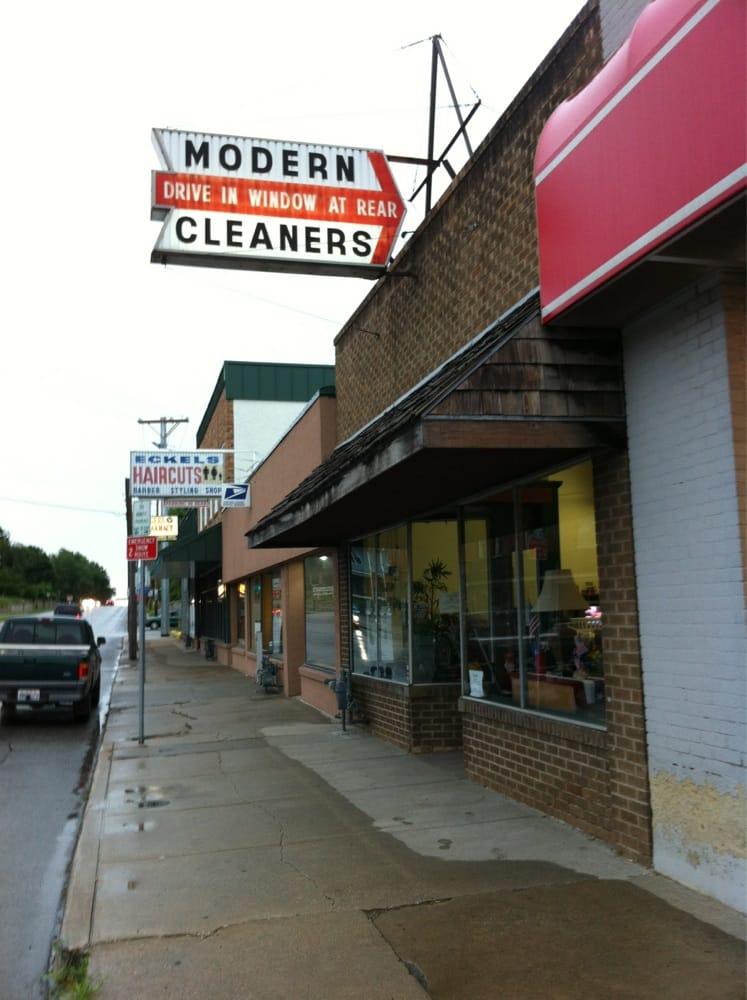 Modern Cleaners: 2510 Frederick Ave, Saint Joseph, MO