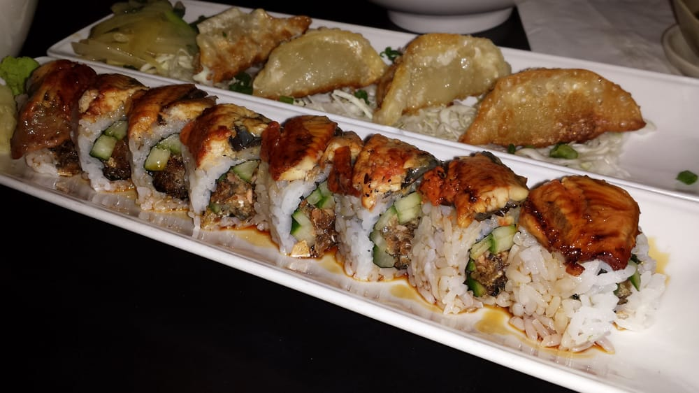 Sunshine alaska f and pork gyoza b yelp for Mad fish menu