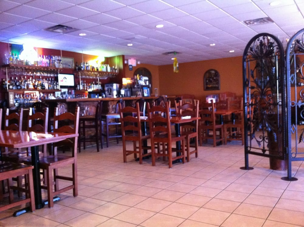 Cancun Mexican Grill: 2713 N Clairemont Ave, Eau Claire, WI