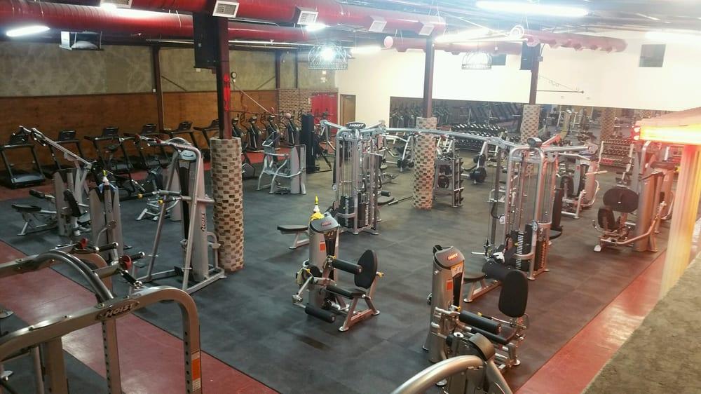 Rapid Fit Health Club: 100 S Virginia Ave, Liberal, KS
