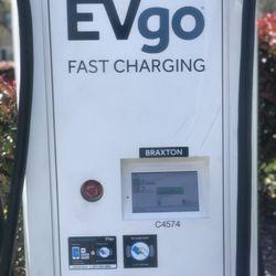 EVgo Charging Station - Estaciones de carga para autos