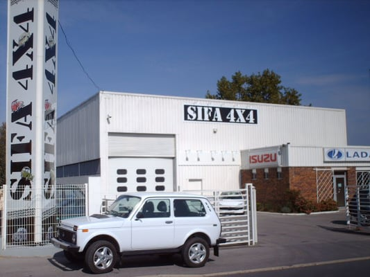 Sifa 4x4 shopping 27 rue des fr res lumi re meaux for Garage 4x4 seine et marne