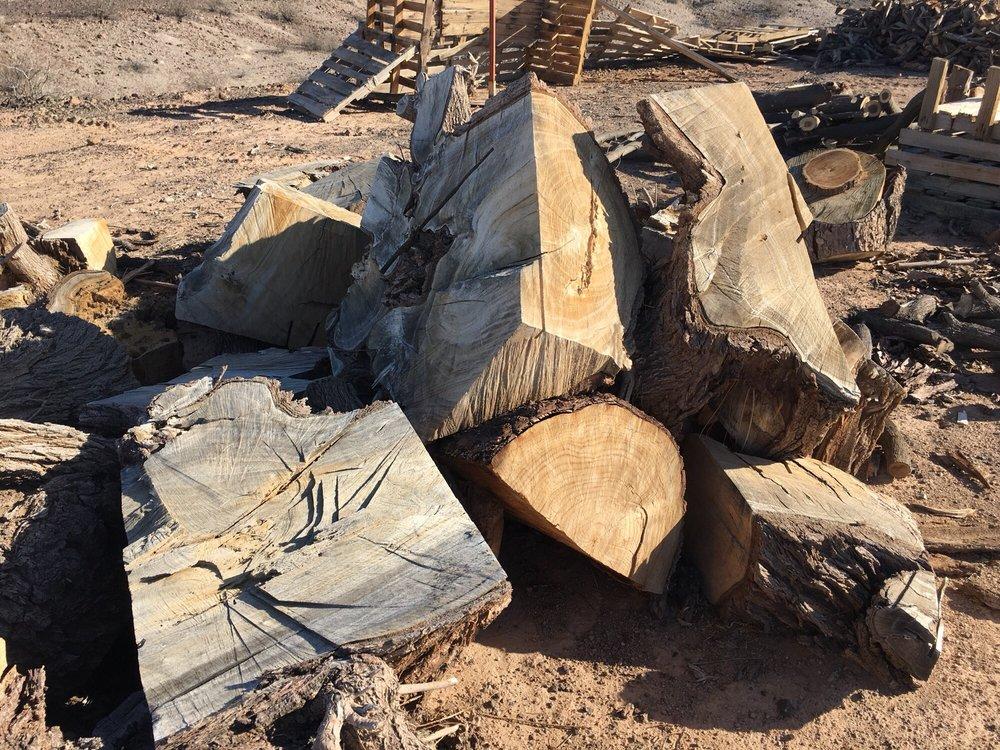 Papa Leo's Firewood: Mohave Valley, AZ