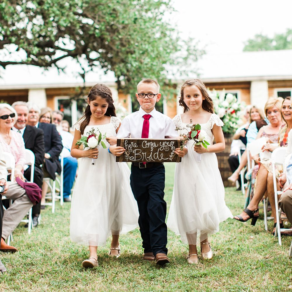 Geronimo Oaks Weddings & Events: 1377 Dietert Rd, Seguin, TX