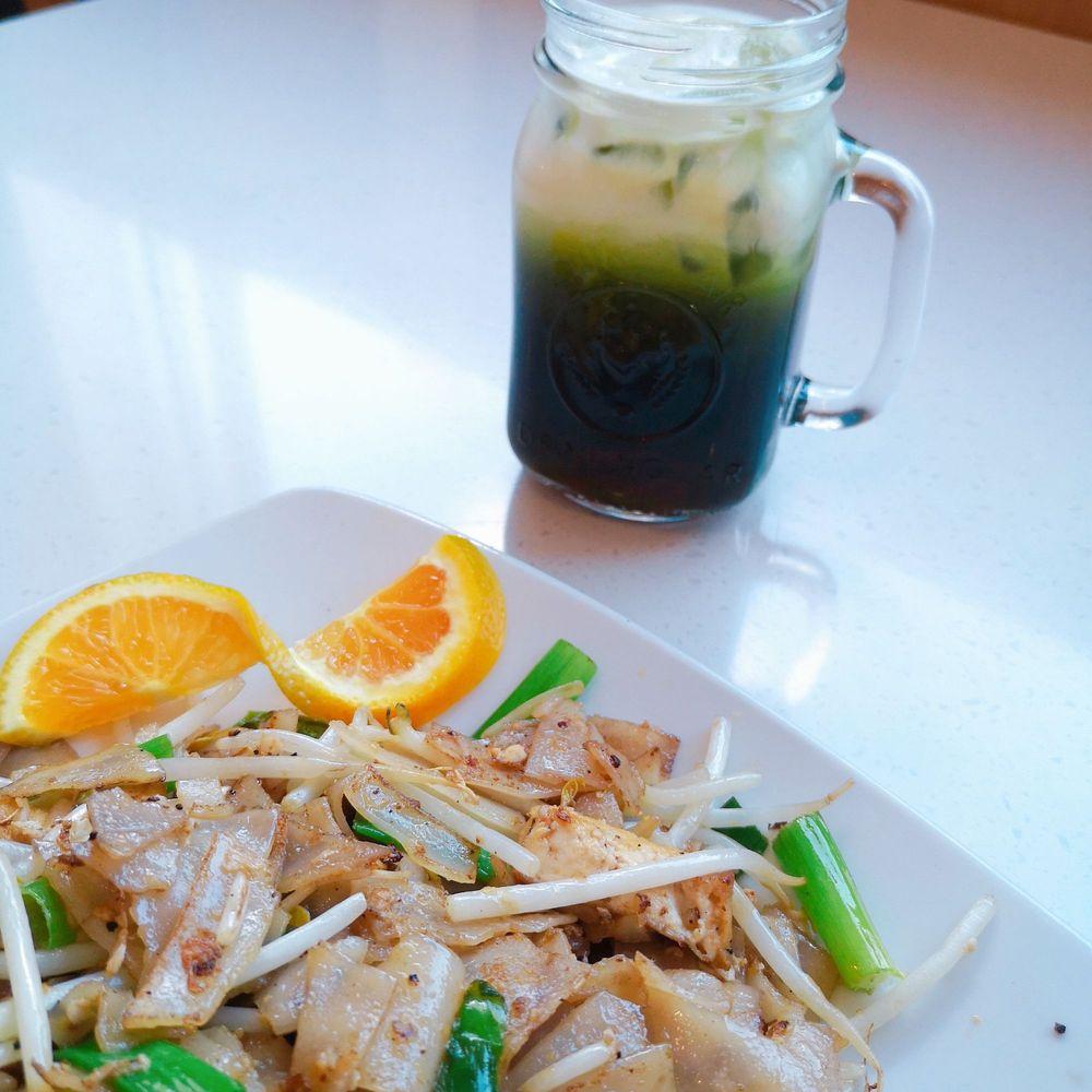 Food from Folsom Thai