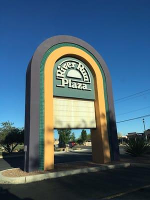 River run plaza centros comerciales 1071 country club rd el paso tx estados unidos yelp - La hora en el paso texas ...