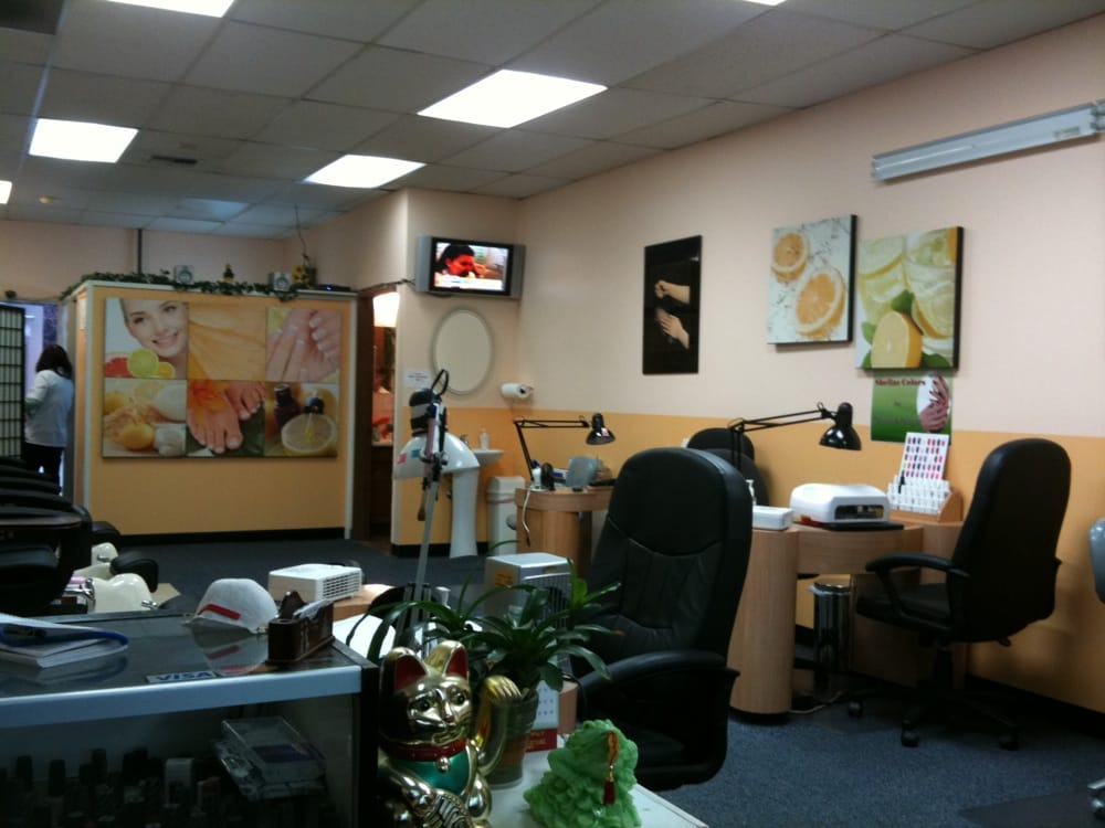 Clean and friendly yelp for 101 beauty salon