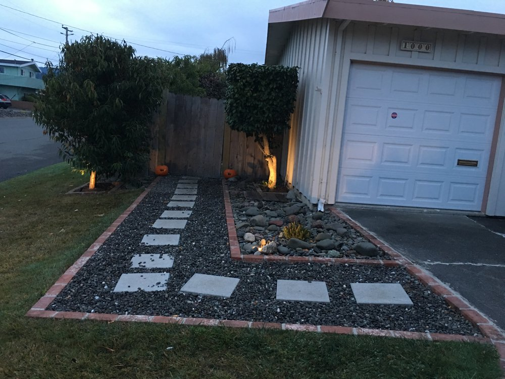Le's Landscaping & Yard Clean Up: 1000 Ivy Ln, Fortuna, CA