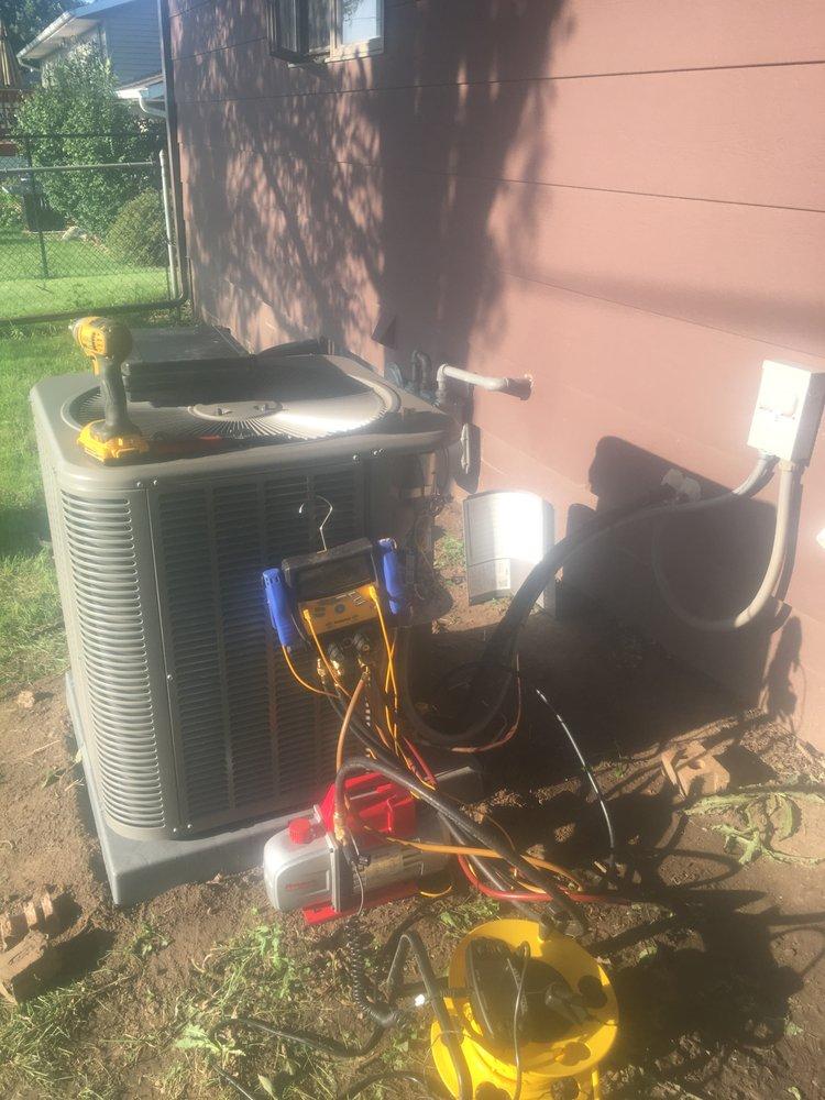 Grizzlies Heating & Air Conditioning: DeWitt, IA
