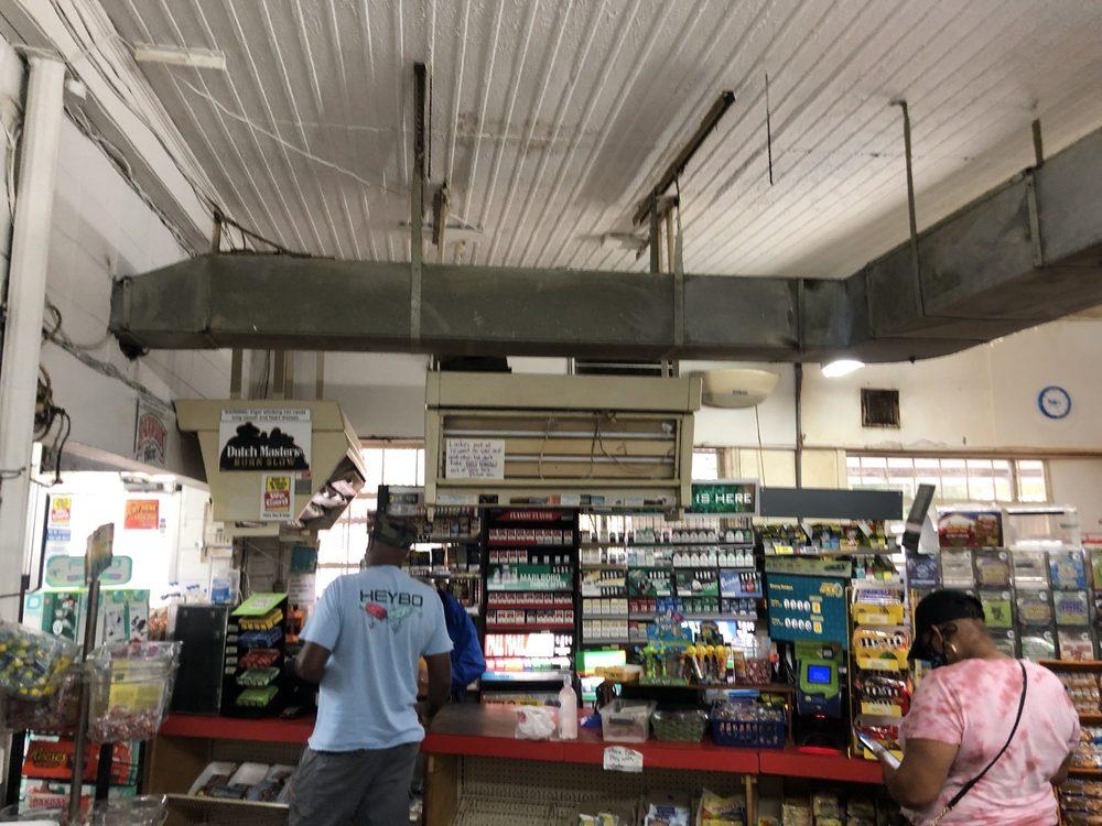 L&M Convenient Market: 1309 Lakeview Rd, Fairmont, NC