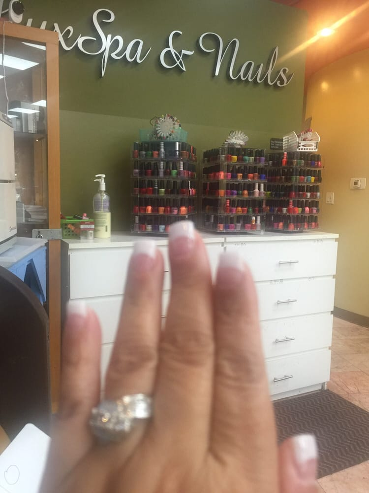 Lux spa nails 45 photos 60 reviews nail salons for Lux salon and spa