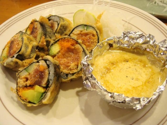 cat's eye ~ fried spicy tuna roll - Yelp