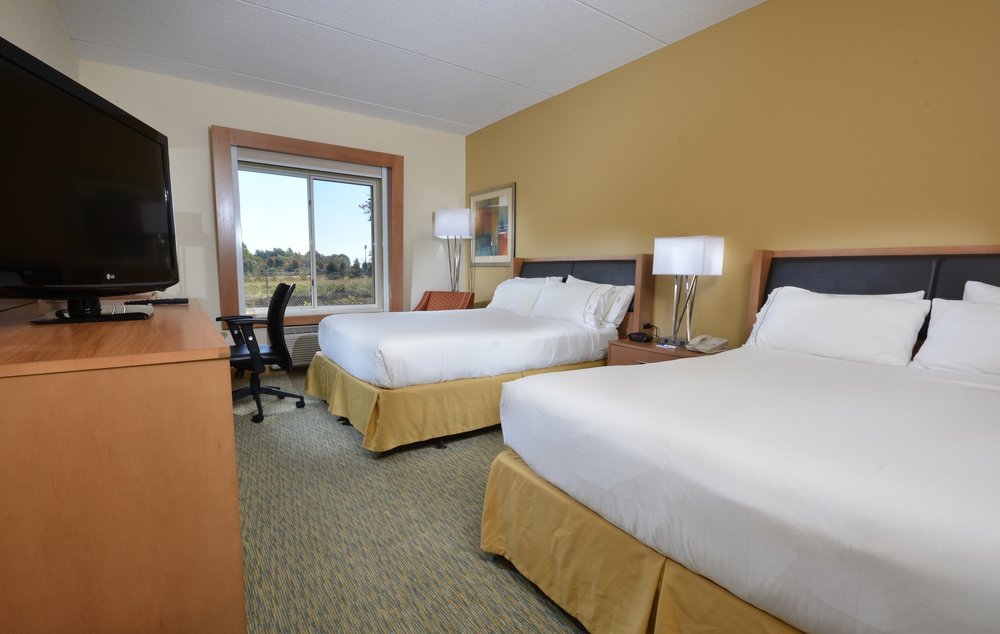 Holiday Inn Express & Suites High Point South: 10050 N Main St, Archdale, NC