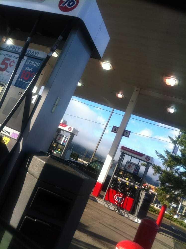 Photo of 76 Gas Station: Sutherlin, OR