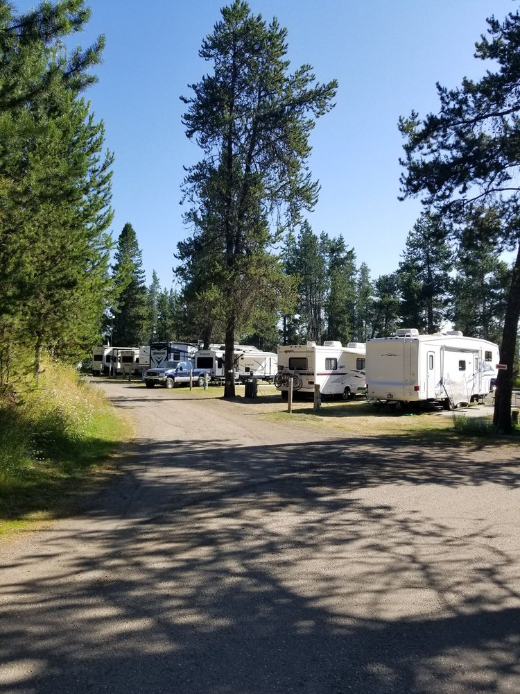 Chalet Rv Park: 418 S Main, Donnelly, ID
